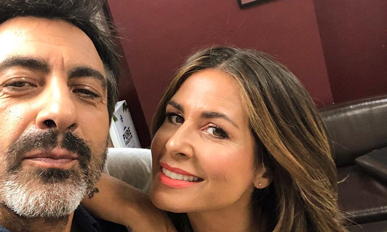 El divertido pique de Nuria Roca y Juan del Val por el mando de la tele, ¿cómo resuelven el dilema?