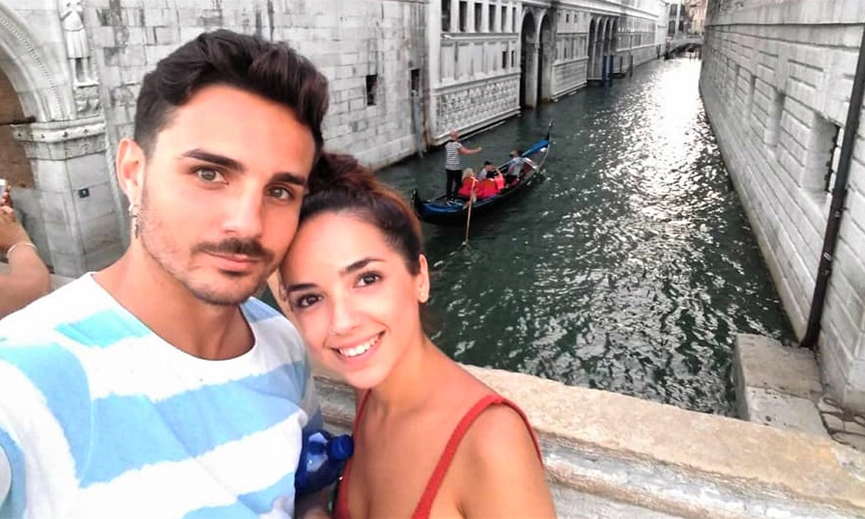 Las imágenes más románticas de Manuel y Lucía, la pareja que hace aguas en 'La isla de las tentaciones'