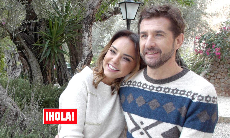 Chenoa y Miguel Sánchez Encinas muestran su imagen más romántica y recuerdan: 'el amor nunca sobra'