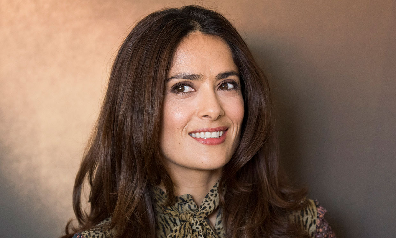 El posado de Salma Hayek sin maquillaje que ha conquistado a sus fans