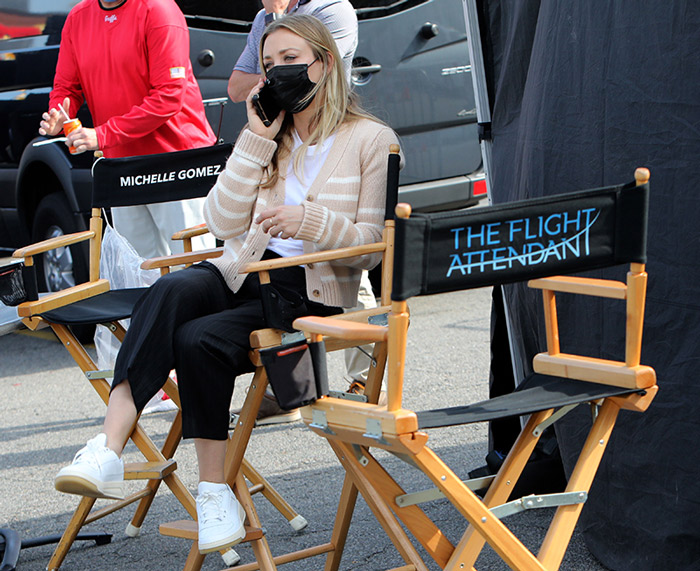 Kaley Cuoco en el rodaje de The Flight Attendant