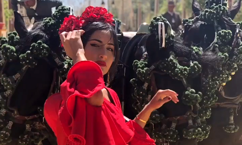 Alejandro Sanz se rinde ante la belleza de Rachel Valdés vestida de flamenca
