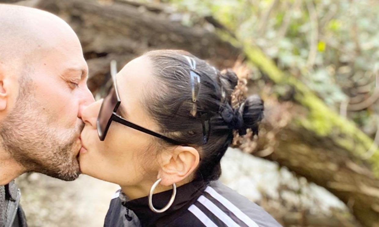 Rosa López sigue adelante con el apoyo de su novio tras unos días difíciles