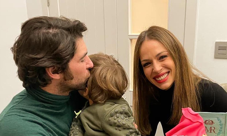 Eva González comparte una foto inédita del nacimiento de su hijo