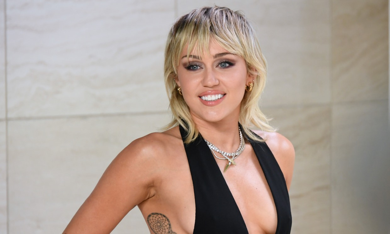 Miley Cyrus emociona a los fans de 'Hannah Montana' con una carta por el 15 aniversario de la serie