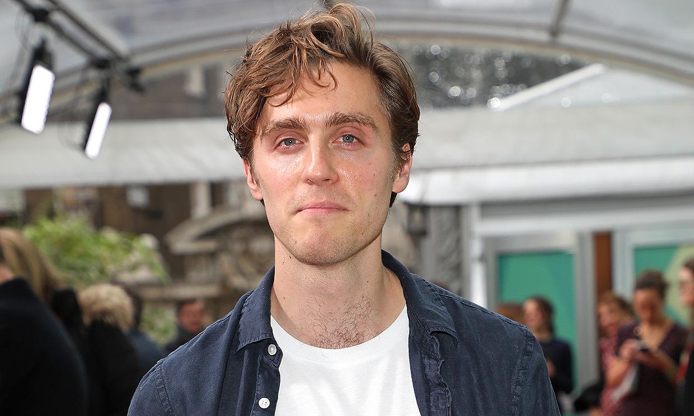 Así es Jack Farthing, el actor que dará vida al príncipe Carlos en la nueva película de Diana