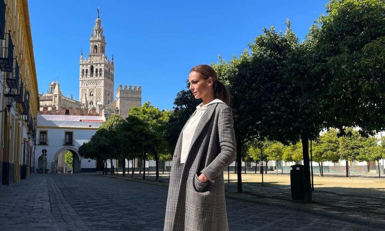 Eva González adapta las tradiciones para vivir su particular 'Madrugá'
