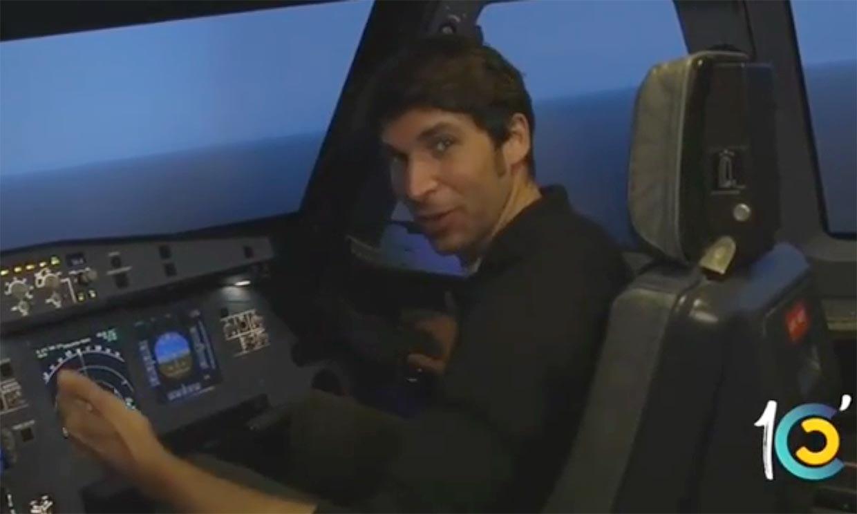 Bienvenidos a su vuelo, les habla el comandante... ¡Cayetano Rivera!