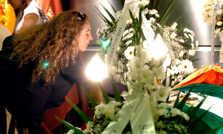 Del dolor de la familia a la multitudinaria despedida en Chipiona: recordamos el último adiós a Rocío Jurado