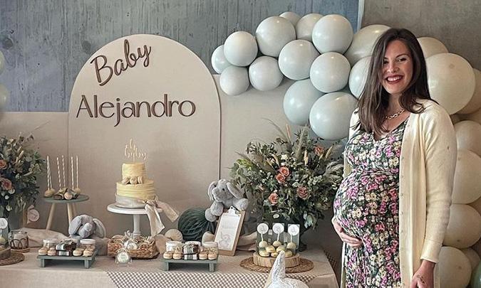 Jessica Bueno, sorprendida con una espectacular 'baby shower' organizada por su marido, Jota Peleteiro