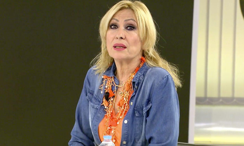 Rosa Benito responde a Rocío Carrasco sobre el testamento: 'Yo estaba porque tenía que estar ahí'