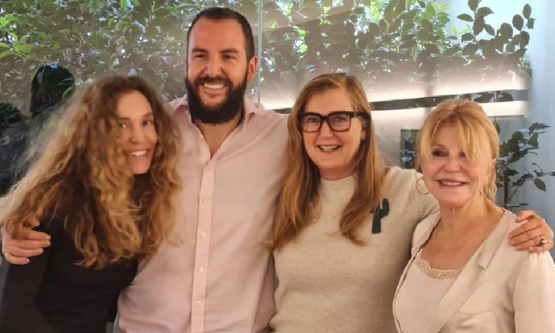'El mejor regalo que podemos hacer a mi padre', el reencuentro de Francesca Thyssen con su hermano Borja, Blanca Cuesta y la Baronesa