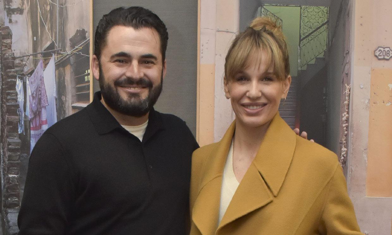 Carola Baleztena y Emiliano Suárez presentan a su primera hija en común a la que han llamado...