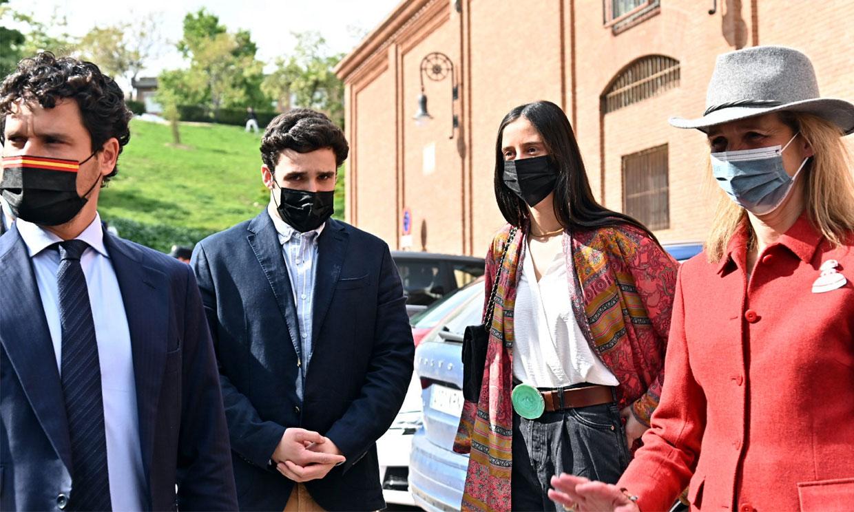 La infanta Elena con sus hijos y más rostros conocidos acuden a Las Ventas tras un año de cierre por el Covid