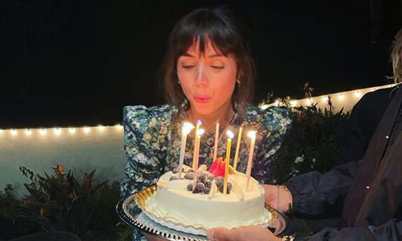 ¡Baile, muchas flores y dos tartas espectaculares! La megafiesta de Ana de Armas por su 33 cumpleaños