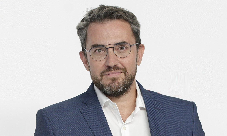 Máximo Huerta pasa por el quirófano tras romperse una mano
