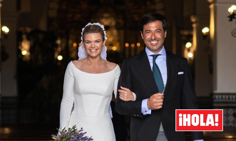 Las imágenes del emocionante momento en el que Alejandra Ruiz de Rato y Ernesto de Novales salen de la iglesia tras su boda