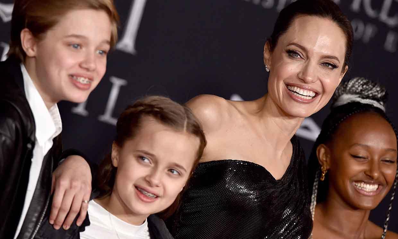 Angelina Jolie bromea sobre su soltería y admite lo afortunada que es como madre: 'Somos un equipo'