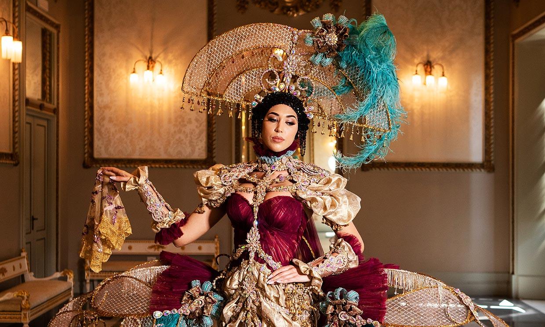 ¡Espectacular! Andrea Martínez impacta en Miss Universo convertida en una menina del siglo XXI