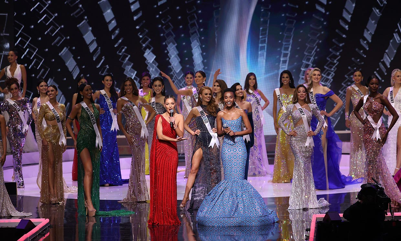 La española Andrea Martínez y otras 73 candidatas calientan motores en la gala preeliminar de Miss Universo