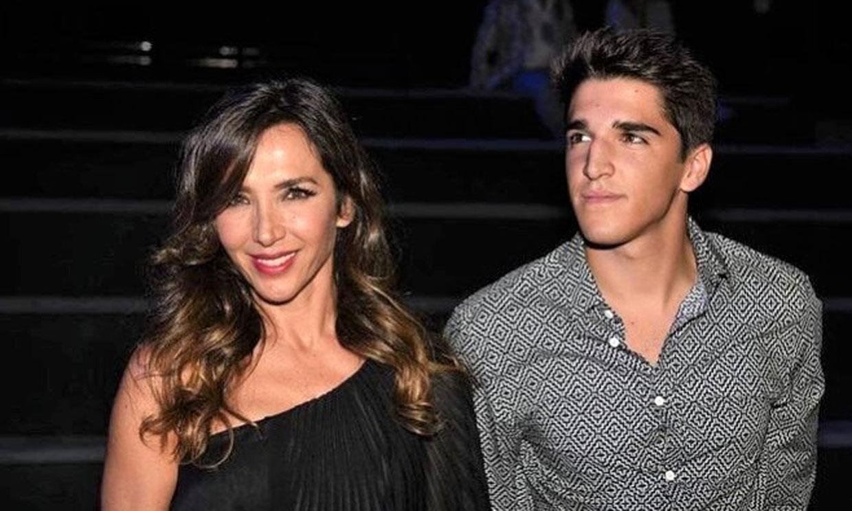 Así es Javier García Lago, el sobrino de Ana Obregón que sorprendió a todos con las emotivas palabras a su abuela