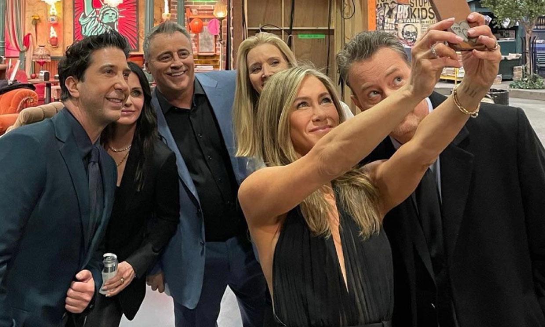 Jennifer Aniston muestra lo que no se vio del reencuentro de 'Friends'