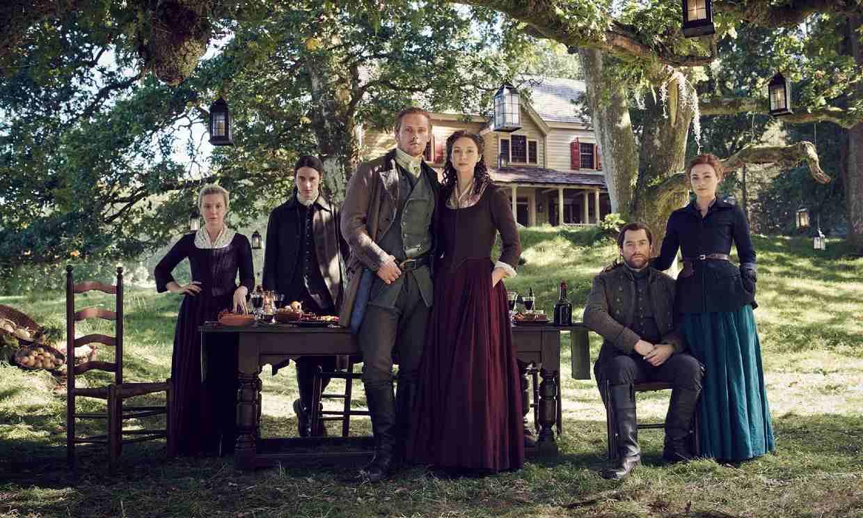 'Outlander' estrenará su sexta temporada en 2022 y da buenas noticias sobre la séptima