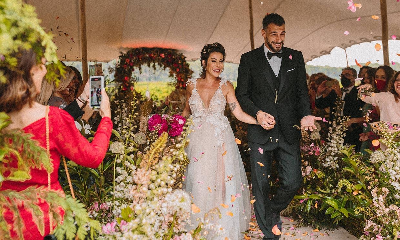 ¡Chirigotas, romanticismo y un baile con mucha salsa! La boda de ensueño del futbolista Álvaro Negredo