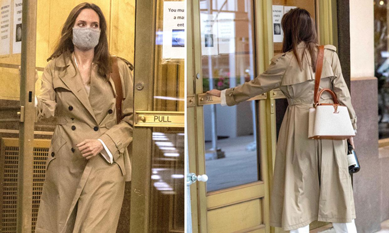 El comentado encuentro de Angelina Jolie con su primer marido, el Sherlock Holmes moderno