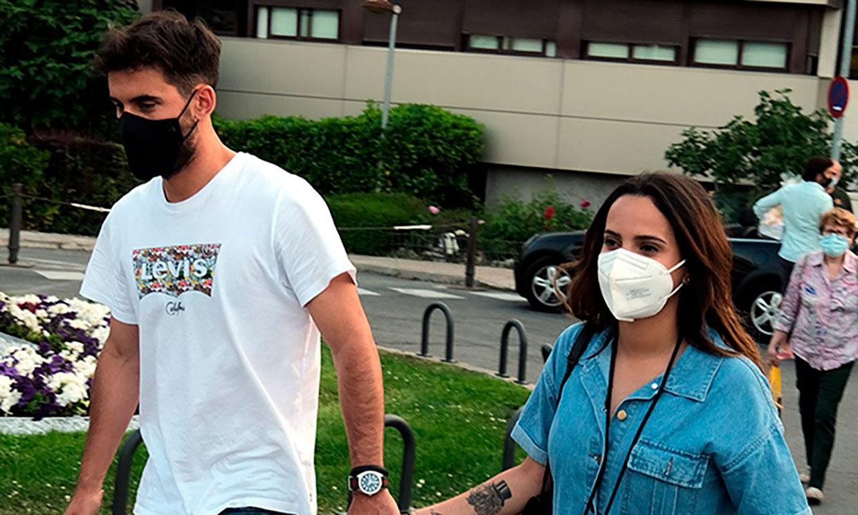 Gloria Camila visita a su padre en el hospital y cuenta cómo se encuentra tras su operación