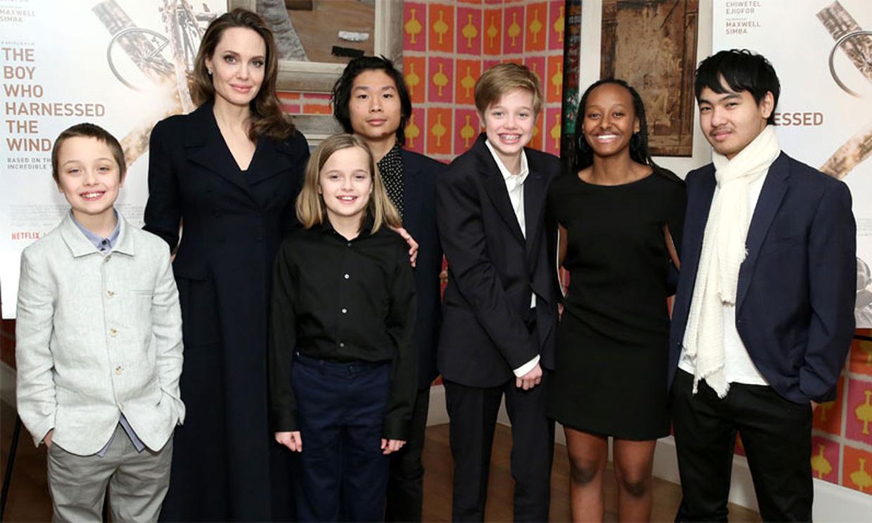 Angelina Jolie revela que tres de sus hijos quisieron testificar contra Brad Pitt en el proceso de custodia