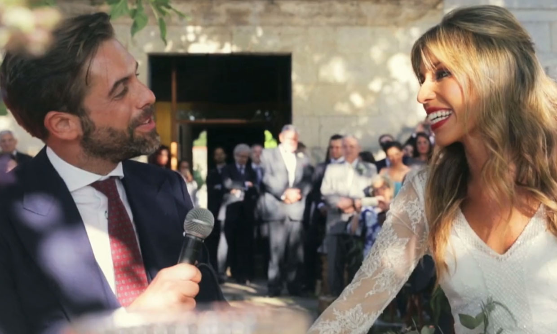 Así es José Yélamo, el nuevo presentador de 'La Sexta Noche' que sorprendía a todos cantando el día de su boda