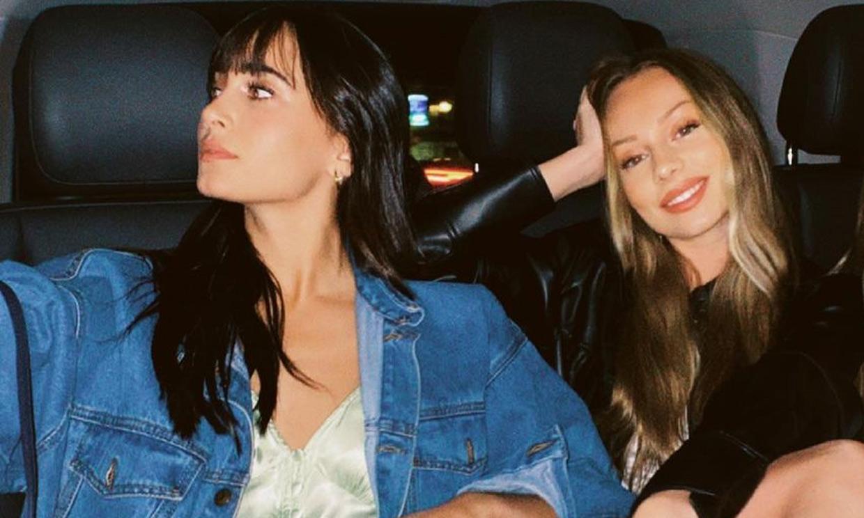 ¿Por qué todo el mundo habla de esta foto de Aitana y Ester Expósito?