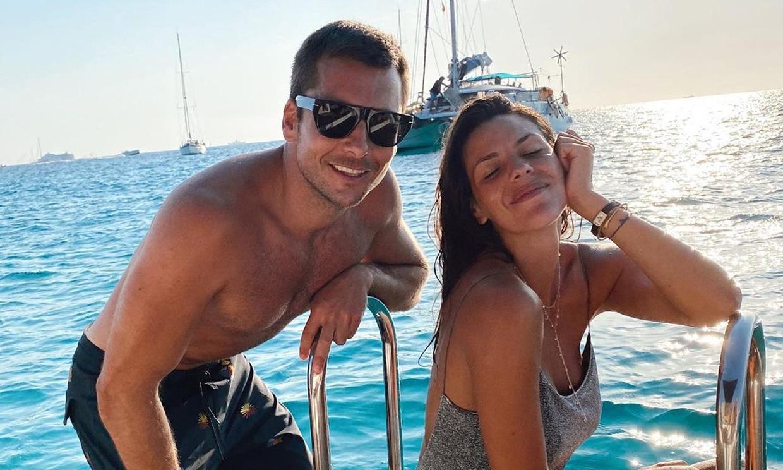 La dulce espera de Laura Matamoros y Benji Aparicio en Menorca