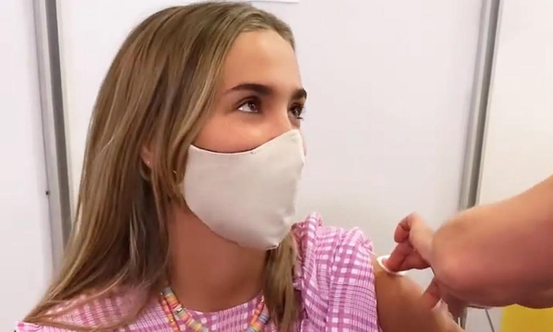María Pombo responde a la polémica y aclara por qué ha sido vacunada contra el coronavirus con 26 años
