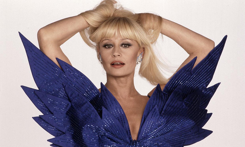 Del paso por Hollywood a la polémica por su ombligo: Raffaella Carrà, icono de la música y la televisión