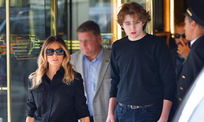 Todavía más alto y con nuevo look: el gran cambio de Barron, hijo de Donald y Melania Trump, a sus 15 años