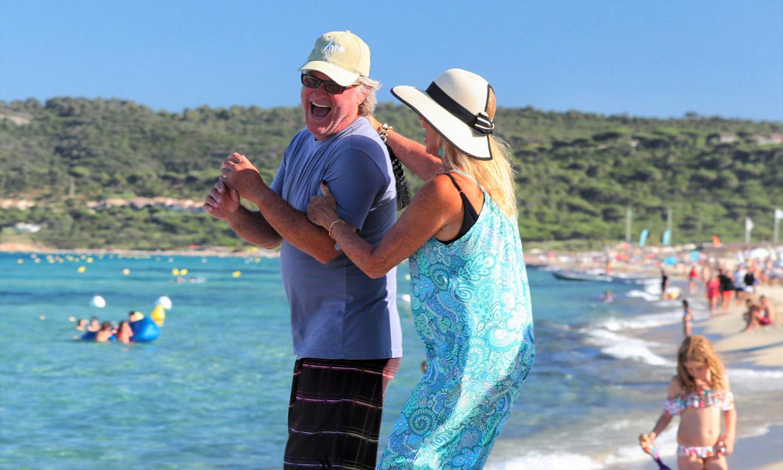 Kurt Russell y Goldie Hawn, amor y carcajadas en Saint Tropez 54 años después de conocerse