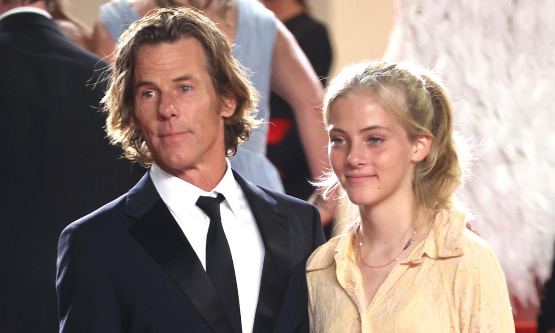 Hazel, la hija de Julia Roberts y Danny Moder, debuta sobre la alfombra roja en Cannes