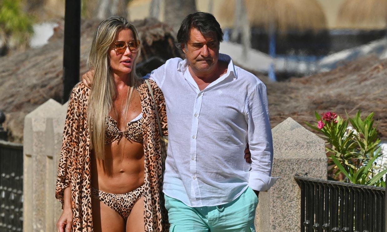 La empresaria Raquel Bernal, ex de Muñoz Escassi, y Javier Tudela, ex de Makoke, dos enamorados en Marbella