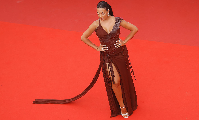 Georgina Rodríguez cambia las aguas del Mediterráneo por la alfombra roja de Cannes