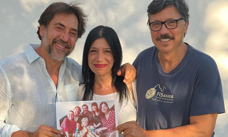Con sus recuerdos más valiosos: así ha sido el adiós de Carlos, Mónica y Javier Bardem a su madre