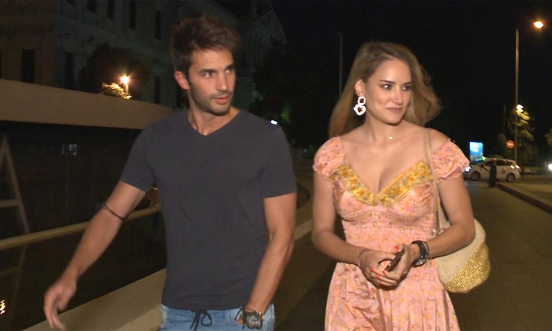 ¿Piensan en boda Alba Carrillo y Santi Burgoa? Su respuesta entre risas cómplices