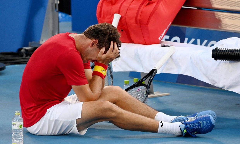 Pablo Carreño rompe a llorar tras ganar la medalla de bronce ante Novak Djokovic