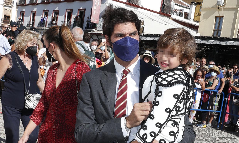 El mensaje de Cayetano Rivera a su sobrina antes de disfrutar en la plaza con su 'minitorero'