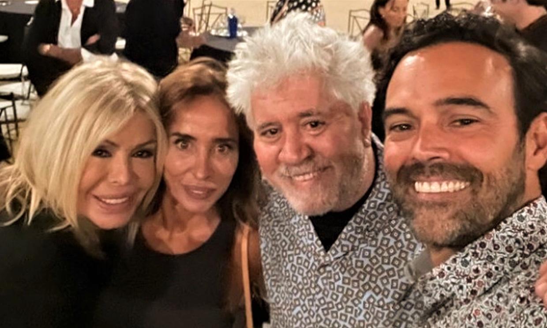 Te contamos qué hacían juntos María Patiño, Pedro Almodóvar y el marido de la periodista