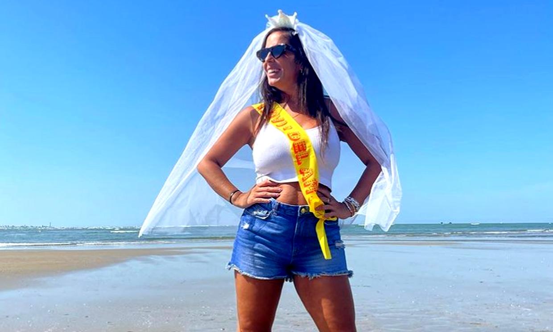 Anabel Pantoja, sorprendida con una despedida de soltera 'a ciegas' por su prima Isa y Raquel Bollo