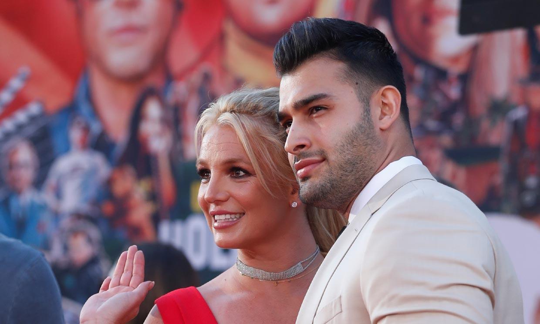 Britney Spears se compromete con Sam Asghari días después de la victoria contra su padre