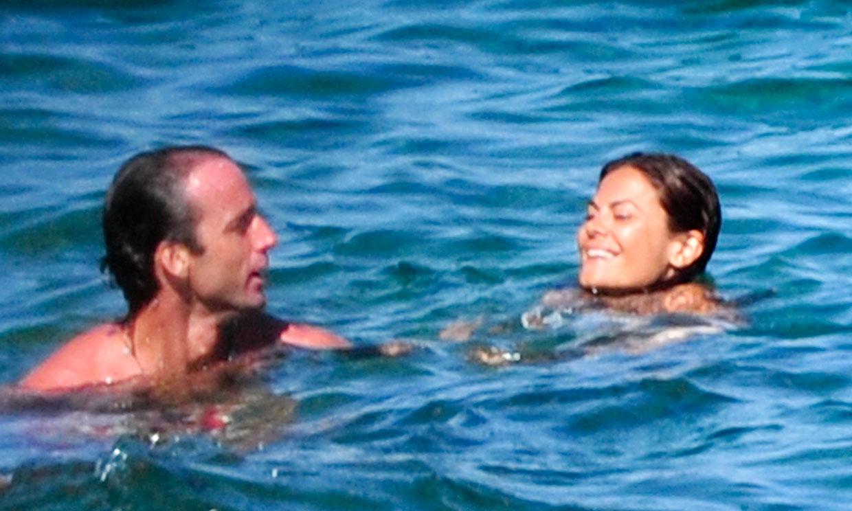 Los antiguos amores de Álvaro Muñoz Escassi y María José Suárez, foto a foto