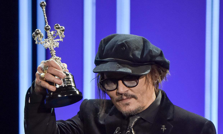 Johnny Depp se reivindica al recibir el premio Donostia en uno de sus peores momentos profesionales